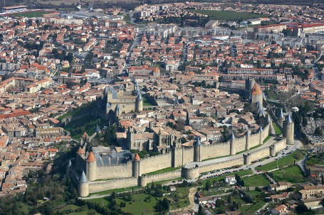 La citadelle de Carcassonne vue d'avion
