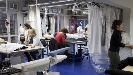 Je pars en vip dans un atelier de haute couture visite for Atelier couture a bordeaux
