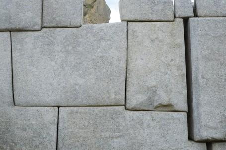 Mur de pierres Incas imbriquees