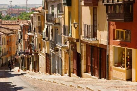 Zamora. Calle Balborraz